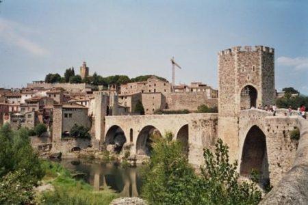 Besalú, municipio del siglo XII