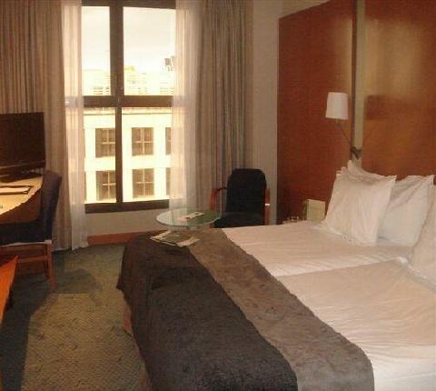 Habitaciones del hotel Silken Puerta Castilla Madrid