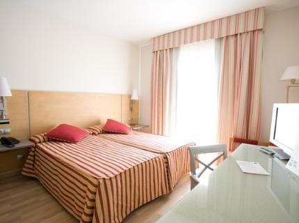 Hotel Capri Mahon habitacion