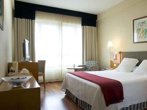 Habitación del Hotel NH Atlántico