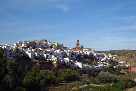 El blanco caserío de Montoro, en Córdoba
