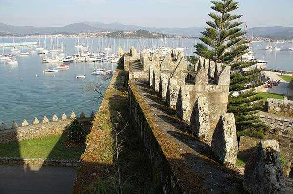 castillo de Monterreal en Baiona