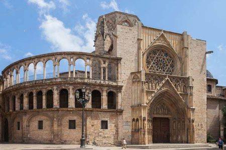 Visitando la Catedral de Valencia