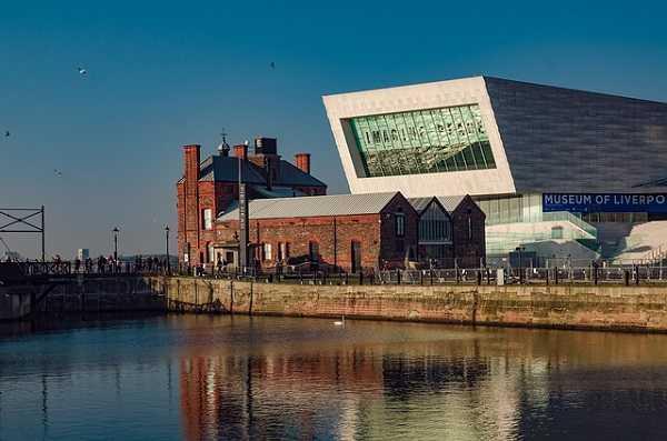 Pier head en Liverpool