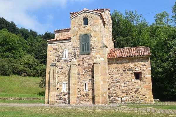 Iglesias prerrománicas en Asturias